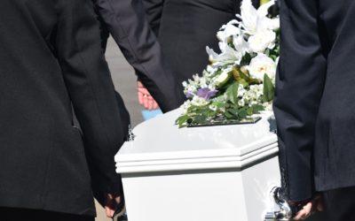Pandemie COVID-19 se projevuje i v pohřebnictví